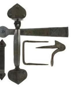 Gothic Thumblatch Set for Cottage Style Door